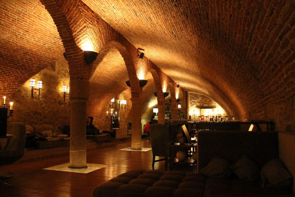 Detalles interior del Parador de Plasencia, Extremadura, España