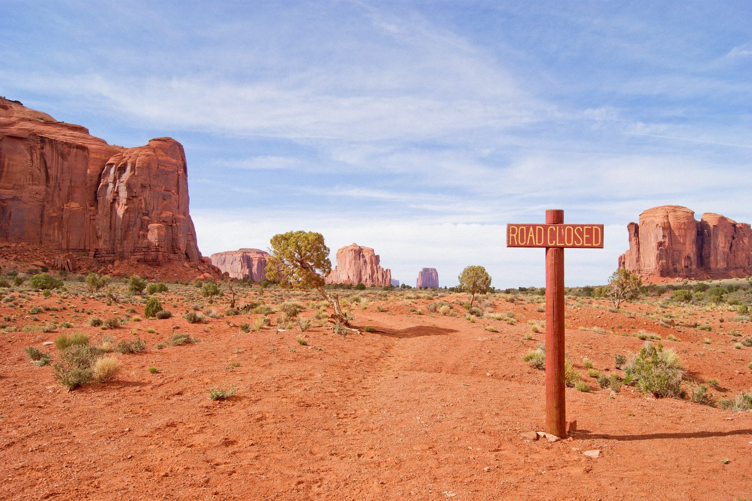 Monument Valley road closed